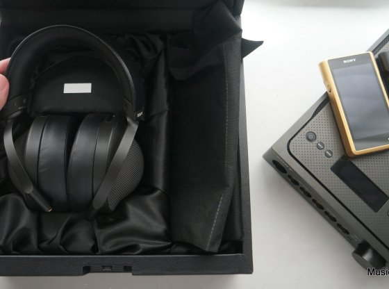 Sony Signature Series overview: MDR-Z1R, TA-ZH1ES, NW-WM1A, NW-WM1Z