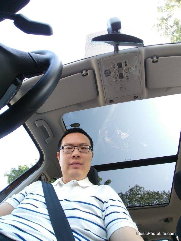 I love car sunroofs