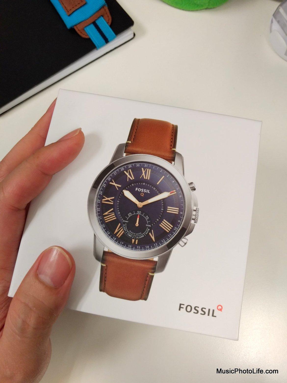 Fossil Q Grant - retail box