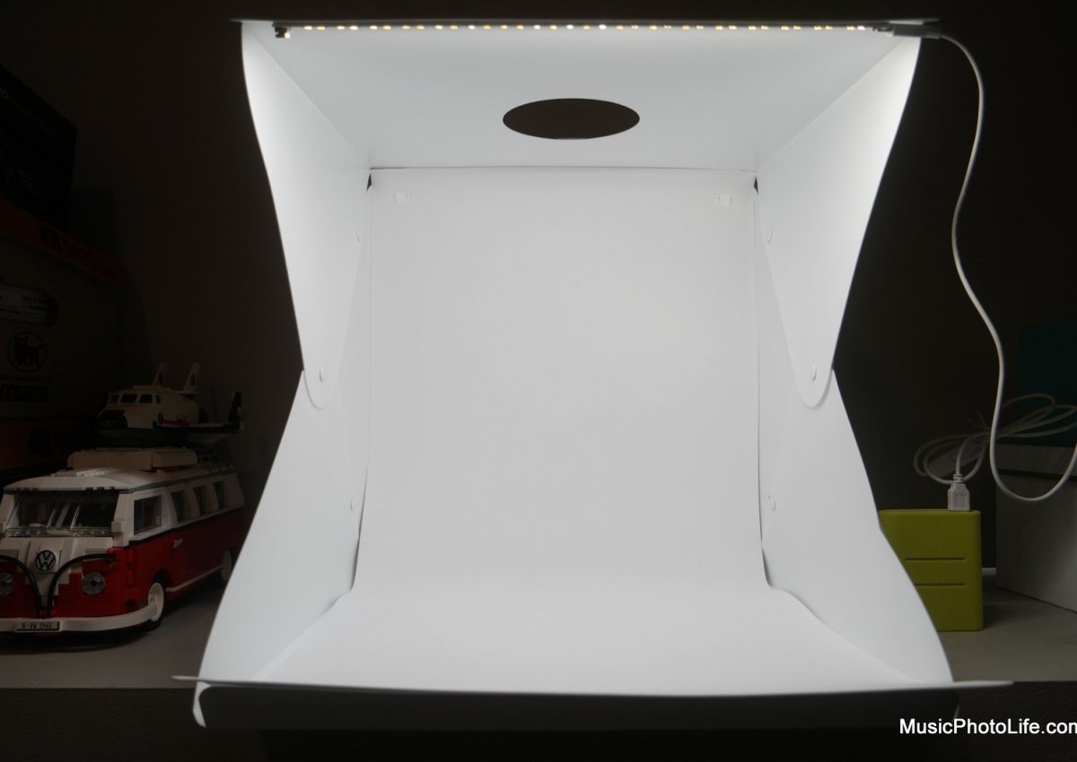 Whitebox Lightbox review by musicphotolife.com