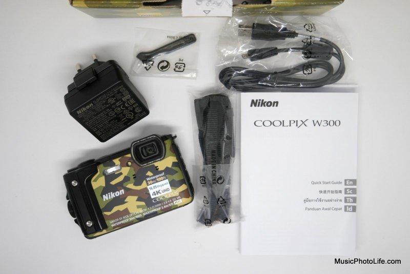 Nikon COOLPIX W300 compact camera unboxing