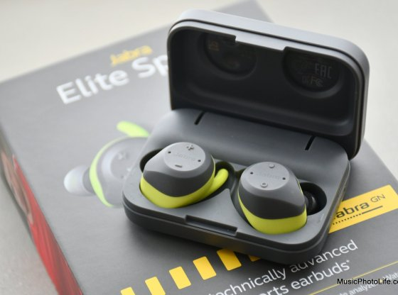 Jabra Elite Sport review close-up detail