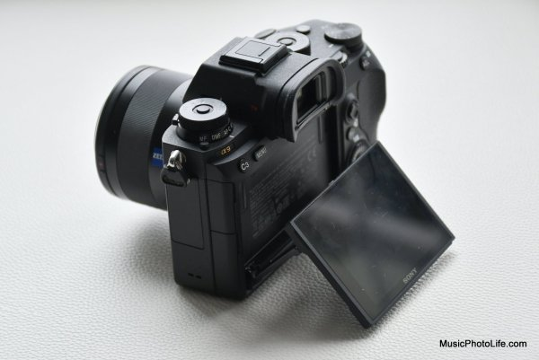 Sony A9 review side view
