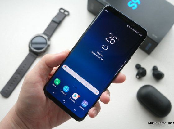 Samsung Galaxy S9+ review by musicphotolife.com