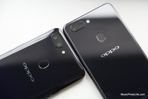 OPPO R15 Pro (left) vs. R15 (right)
