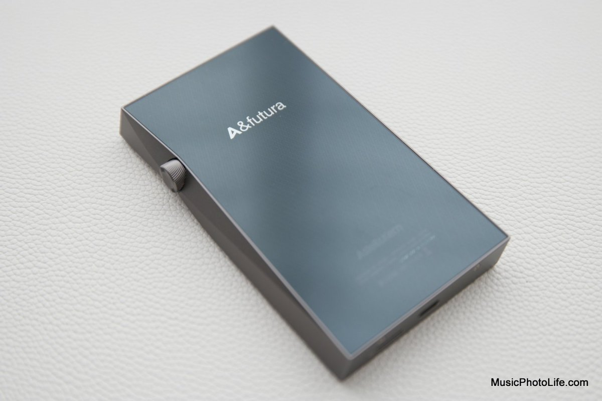 Astell&Kern A&futura SE100 Review: Premium Digital Audio Player