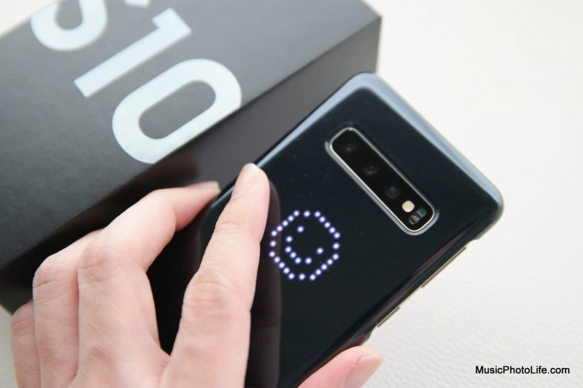 Samsung Galaxy S10 LED cover review by musicphotolife.com, Singapore smartphone blogger