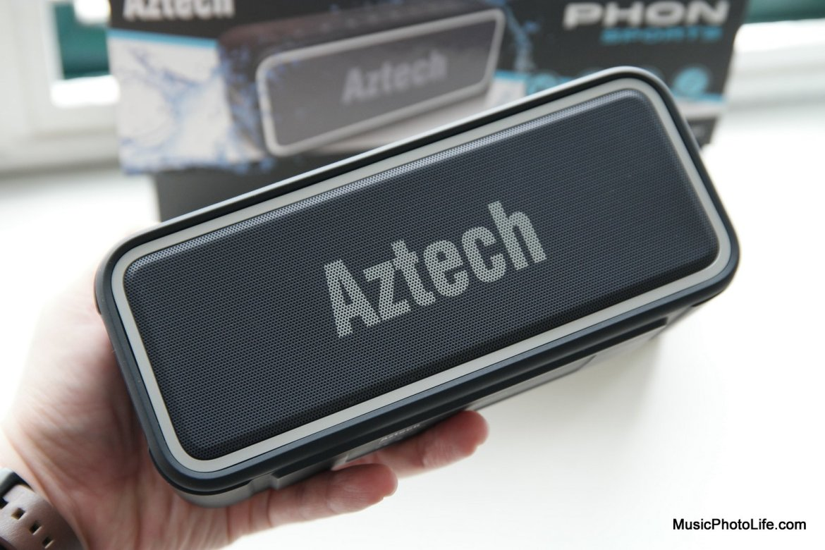 Aztech PHON Sports review by musicphotolife.com Singapore tech blog