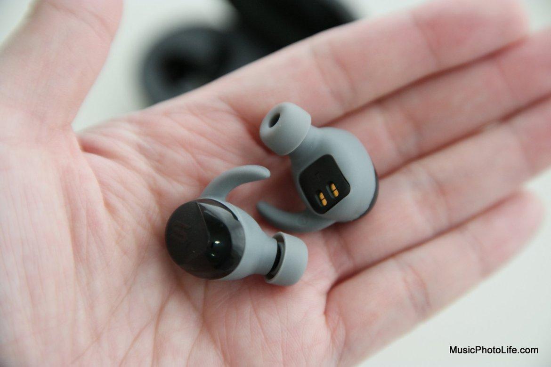 SOUL ST-XS2 True Wireless Sports Earbuds on hand by musicphotolife.com Singapore tech blog
