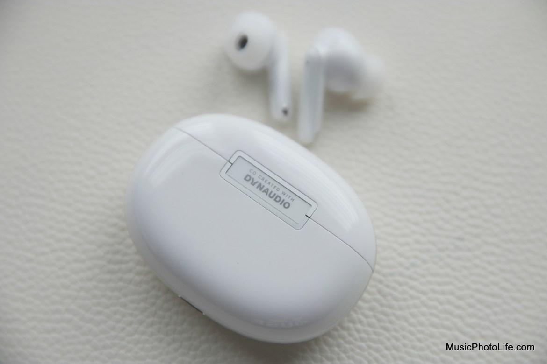 OPPO Enco X review by musicphotolife.com, Singapore tech blog