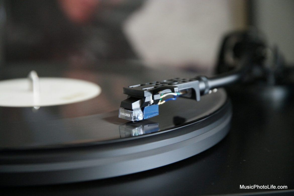Audio-Technica AT-LP7 with AT-HS10 and AT-VMN20EB