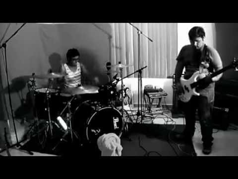 The Mondays Chaos – COTARD – Sesión en Vivo ( inD.ROOM Live Sessions )