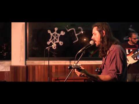 Poyo – Hoja de Mota (en vivo)