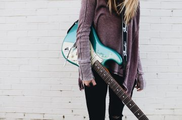 Best electric guitars for beginners