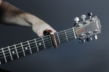Best Capos For Guitar Players