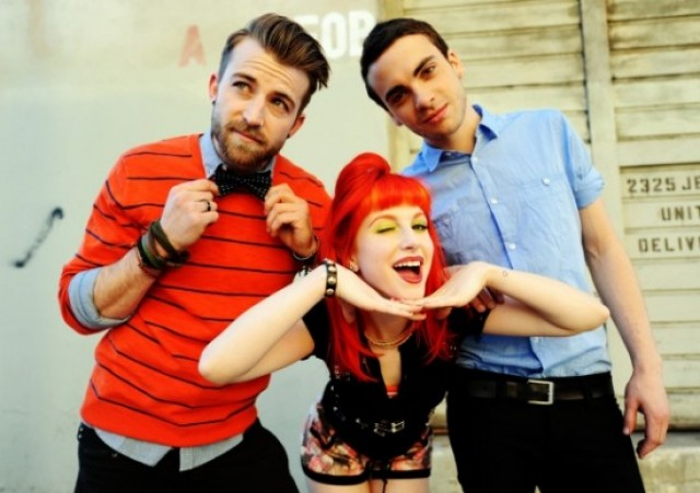 Paramore - band picture - 2011