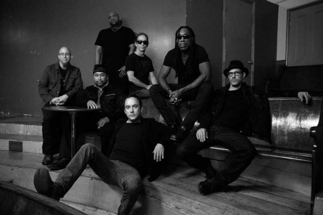 dave-matthews-band-2012-away-from-the-world-promo