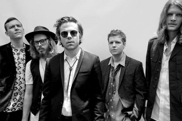 cage-the-elephant-2013