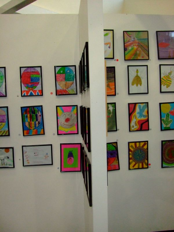 Display Kids Art Idea