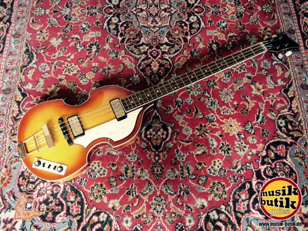 Höfner HCT-50::1 Contemporary Beatles Bass.jpg