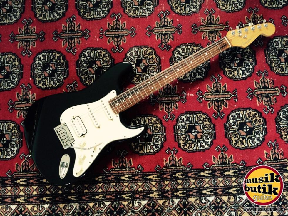 Fender Lone Star Strat USA RW BLK 1996.jpg
