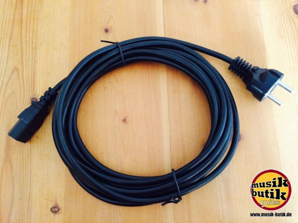Adam Hall Cables 8101 KA 0500 - Kaltgerätekabel CEE 7:7 - C13 5 m.jpg