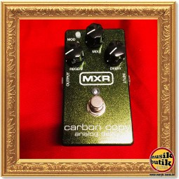 MXR M169 - Carbon Copy Analog Delay 1