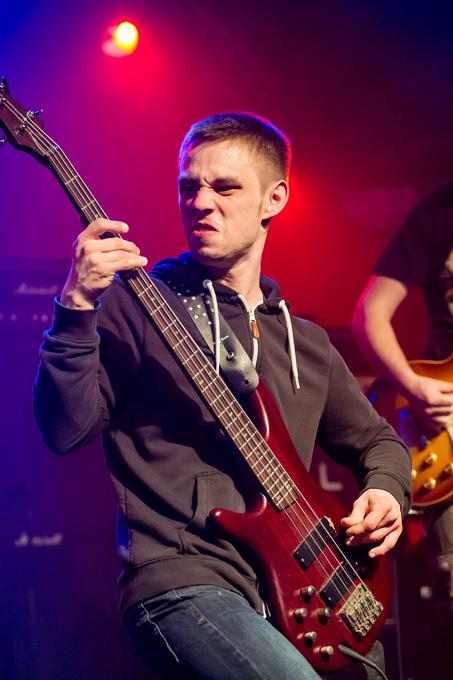 Angry-Bass