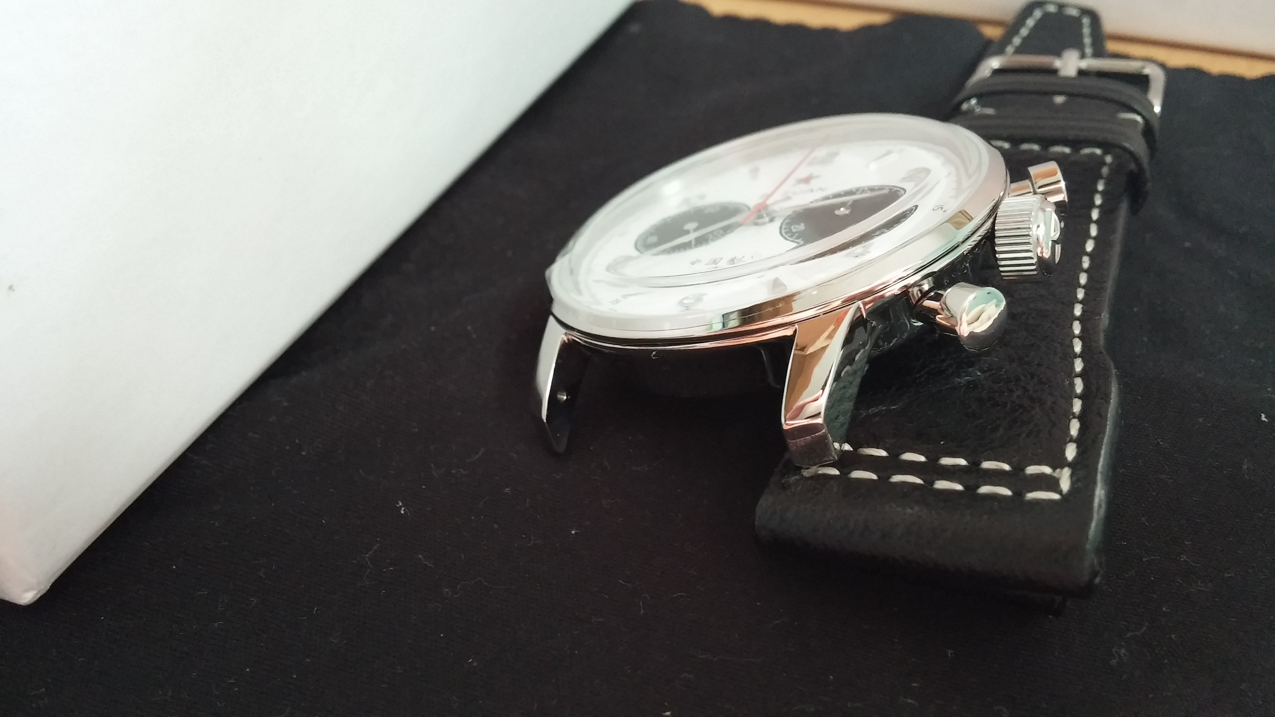 sofa seconds mart waco tx beauty of a venus 175 manually wound chronograph movement ...