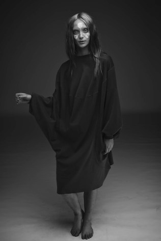 59-Alexandra-Groover-Black-Label-AGB_185-Ray-Wing-Tunic