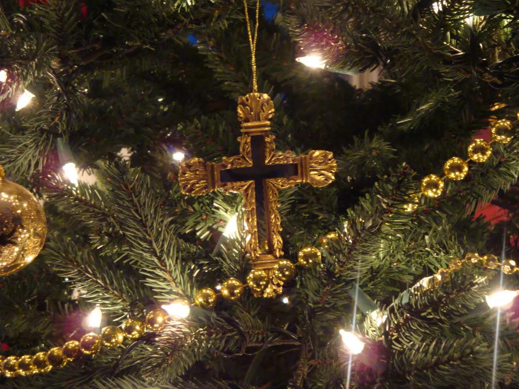 christmas trees ernie s