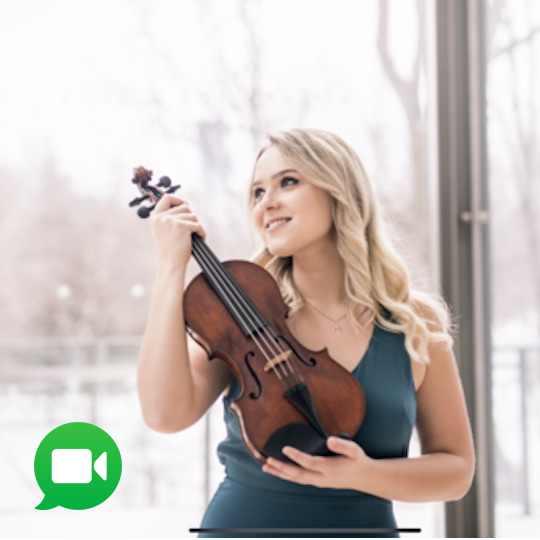 violin lessons downtown toronto with Veronika