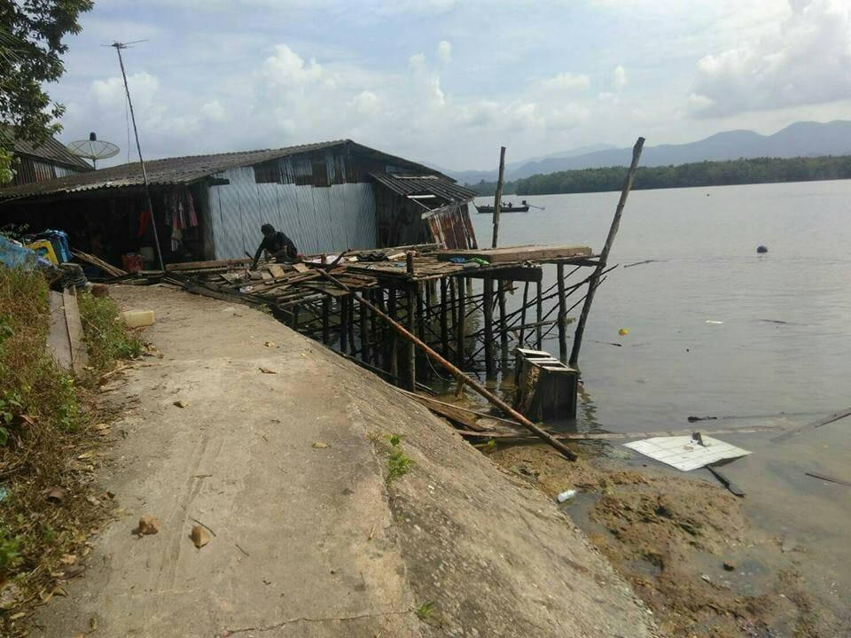 น้ำใจทั่วไทย ซ่อมแล้วบ้านเด็กกำพร้า 5 คนที่ จ.ระนอง