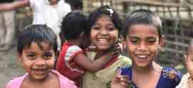 แววตาใสๆ ของเด็กๆดีใจ ที่จะมีข้าวกินให้อิ่มท้อง