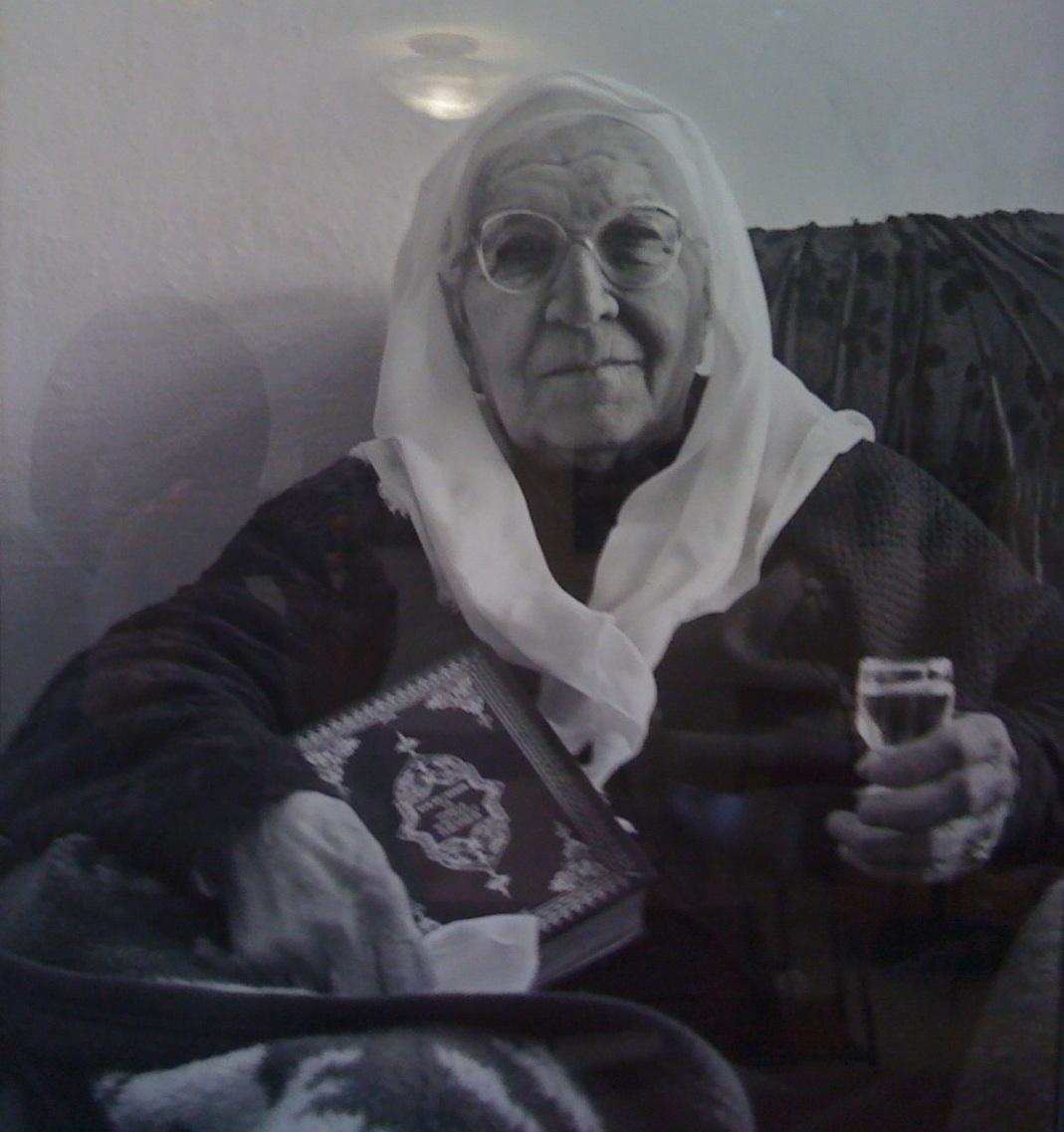 cropped-albanian-hijabi