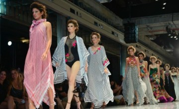 Israeli Designer Appropriates the Palestinian Kuffiya… And Calls It 'Couture'