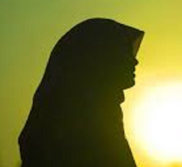 Should You Remove Your Hijab for Job Opportunities?