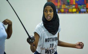 En Garde! Fencing Has a New Face:  Muslim Girls