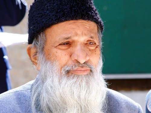 "6 Life Lessons From Pakistan's ""Angel of Mercy,"" Abdul Sattar Edhi"