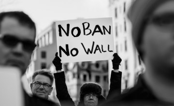#NoBanNoWall: Twitter Claps Back at Trump's Anti-Immigration Executive Orders