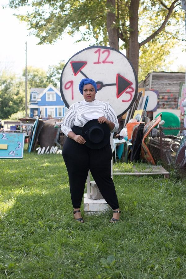 plus-size-detroit-style-blogger-leah-vernon-body-positive-muslim-girl