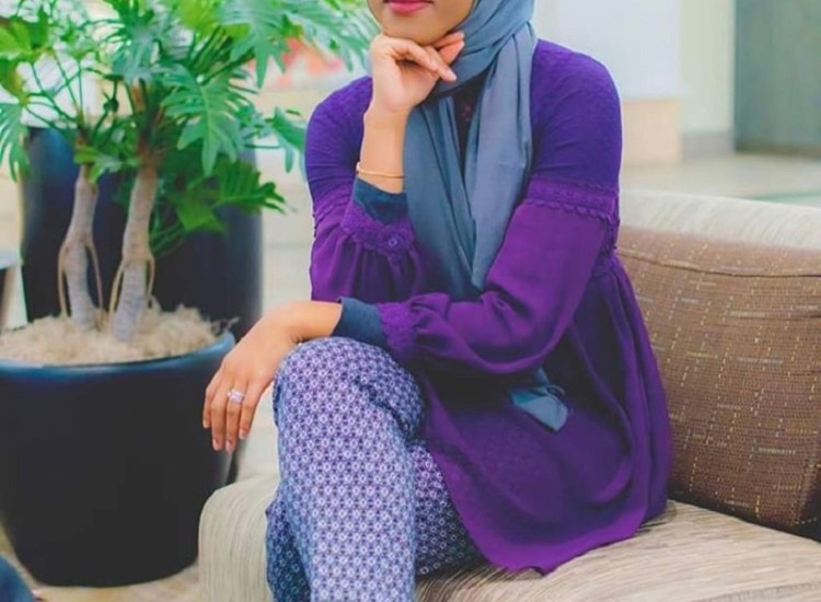 MG Ally: Candee Rue Talks About Wearing Hijab as a Non-Muslim Woman