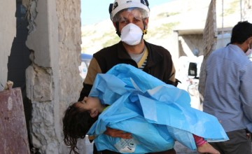 'I Can't Describe the Feeling of Holding Their Bodies,' Says Syrian Civil Defense Rescuer on Recent Chemical Attacks
