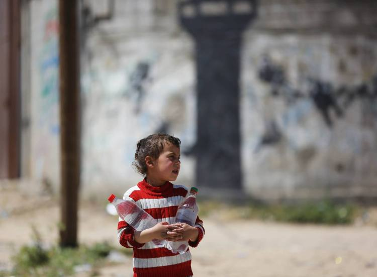 Gaza: Drowning in Sewage and Living in Darkness
