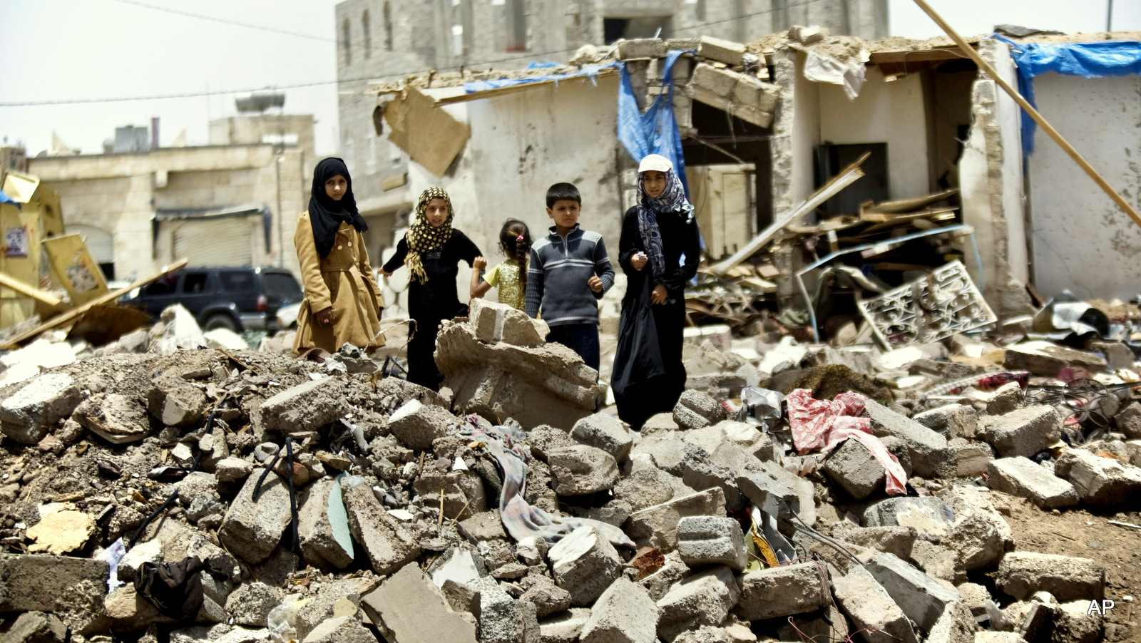 Image result for yemen humanitarian crisis