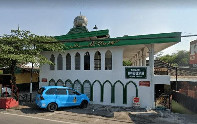 Review Masjid Jami' Tunggulsari Kartasura