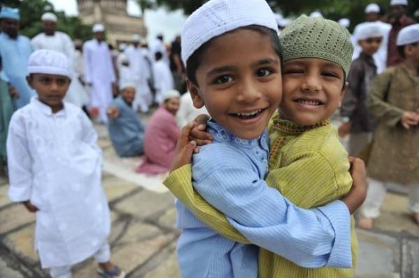 https://i0.wp.com/muslimvillage.com/wp-content/uploads/2012/08/Eid-kids-600x399.jpg