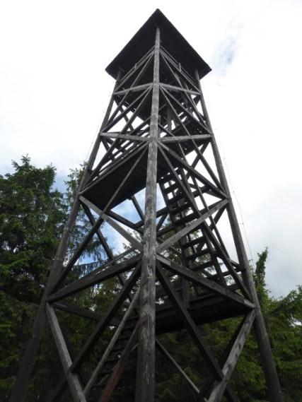 wieża - trzeba wleźć na górę