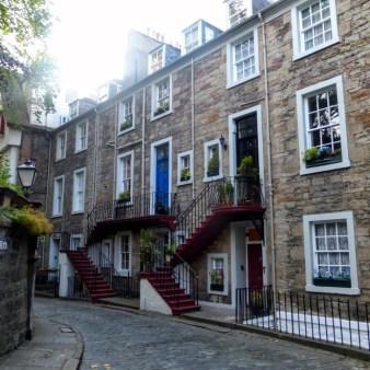 13. Edynburg - kamienica