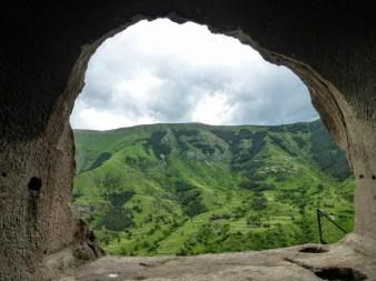 z wnętrza jamy